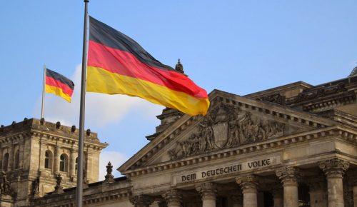 Γερμανία: Οι κυβερνητικοί εταίροι συμφώνησαν στην πολιτική ασύλου   Pagenews.gr