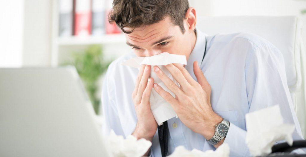 Με γρίπη στη δουλειά -Τρόποι για να το αντιμετωπίσεις | Pagenews.gr