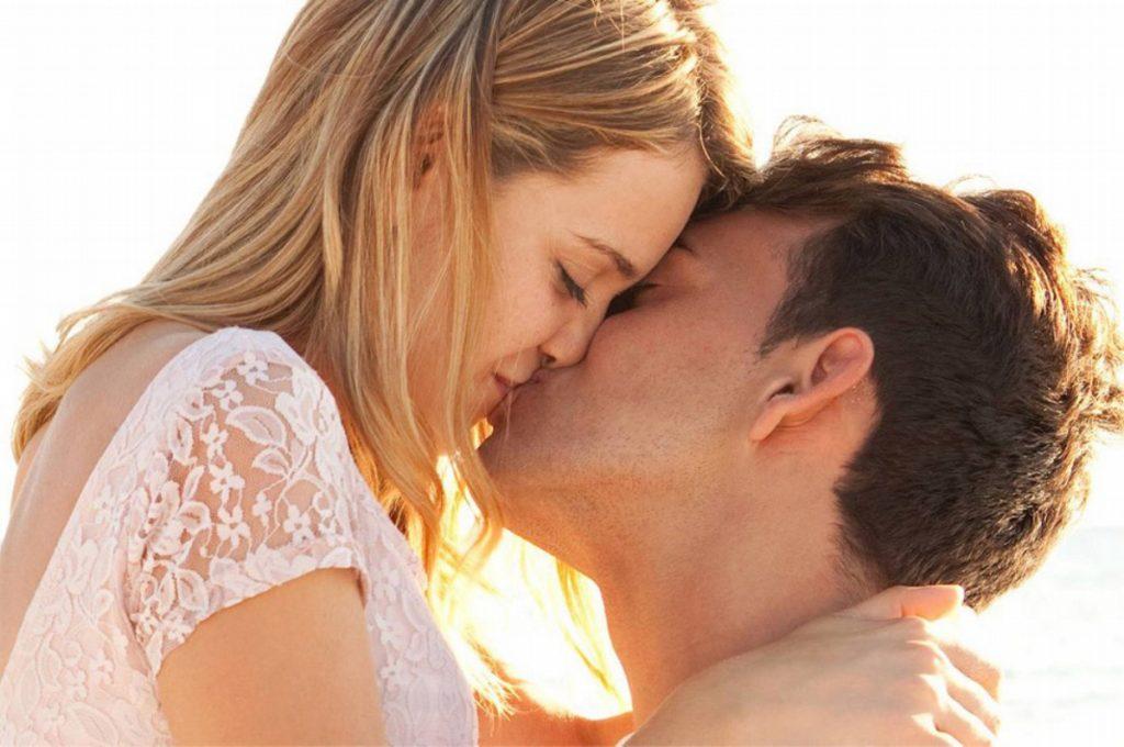 Μερικά πράγματα που δεν ξέρετε για το… φιλί!   Pagenews.gr