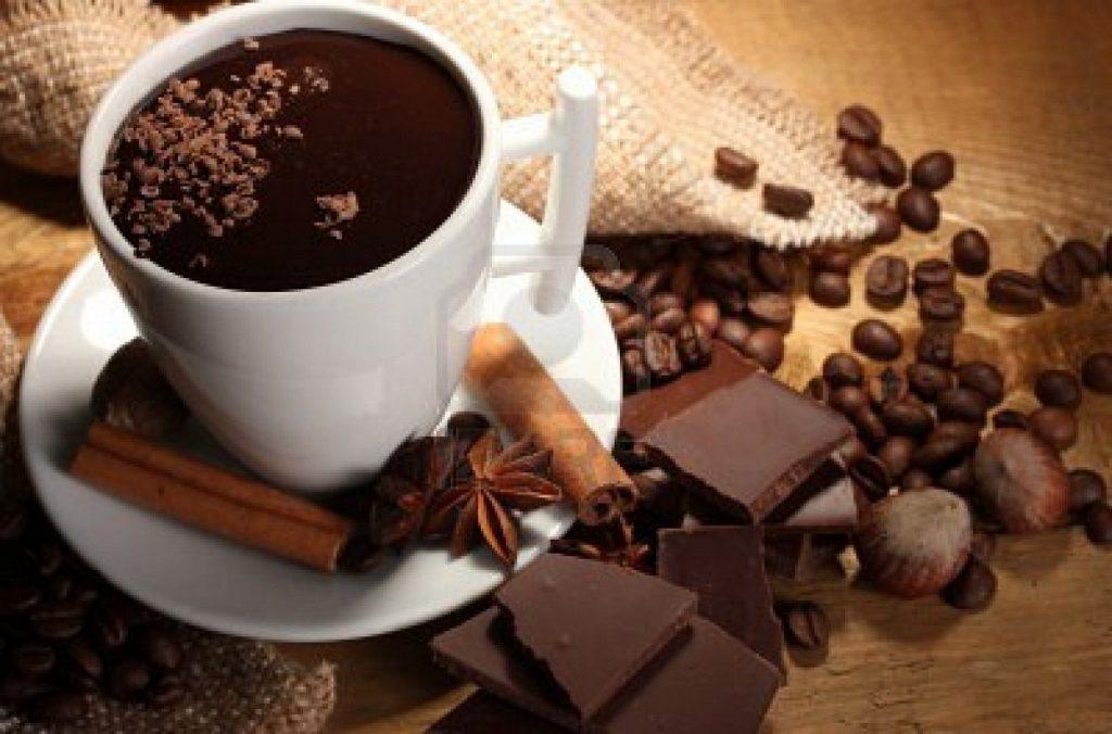 Φτιάξτε μόνοι μείγμα για ζεστή σοκολάτα | Pagenews.gr