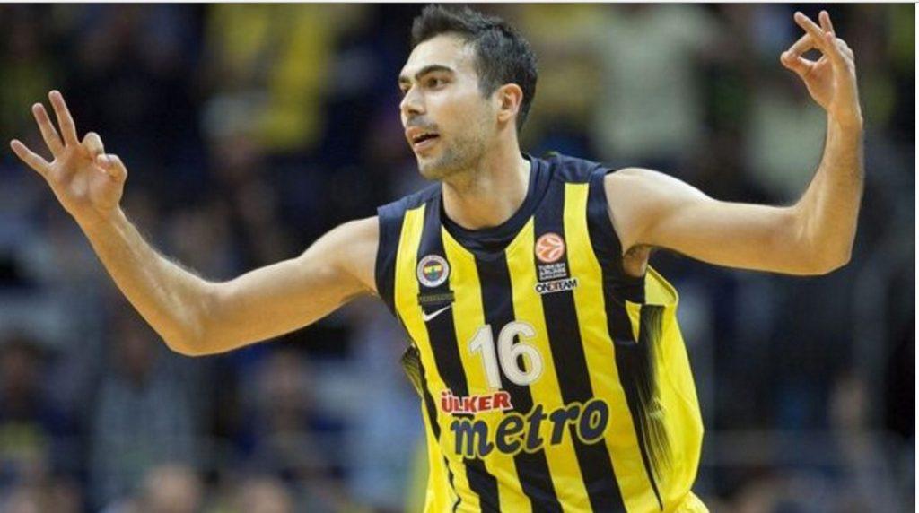«Καμία πρόταση για Σλούκα, έχει συμβόλαιο με την Φενέρ» | Pagenews.gr