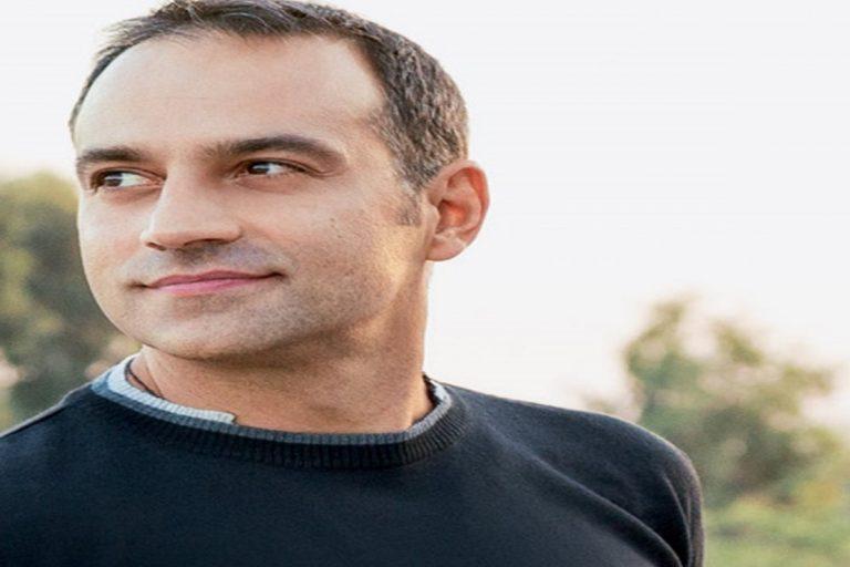 Κρατερός Κατσούλης: Έξαλλος ο ηθοποιός/παρουσιαστής απειλεί με μηνύσεις   Pagenews.gr