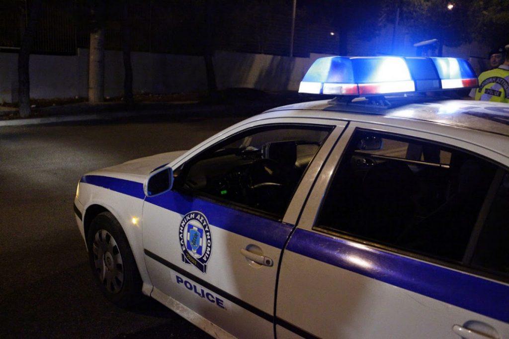 Θρίλερ στο Μενίδι: Πυροβολισμοί σε μονοκατοικία – Μία τραυματίας | Pagenews.gr