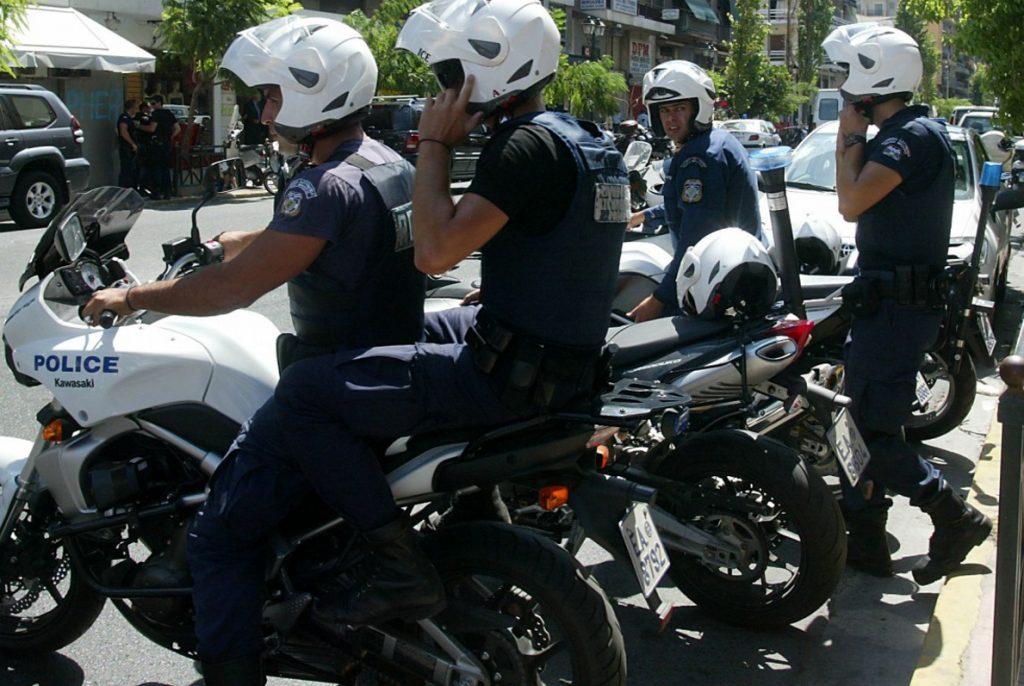 Βέροια: Καταδίωξη με δύο αστυνομικούς τραυματίες | Pagenews.gr