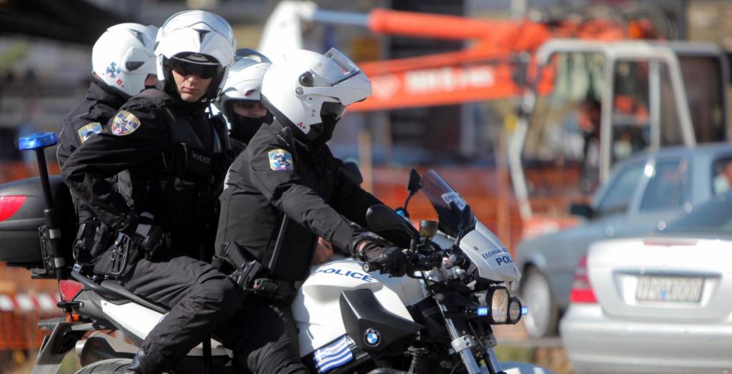 Άνω Λιόσια: Ρομά επιτέθηκαν σε αστυνομικούς της ομάδας ΔΙΑΣ – Εννέα τραυματίες | Pagenews.gr