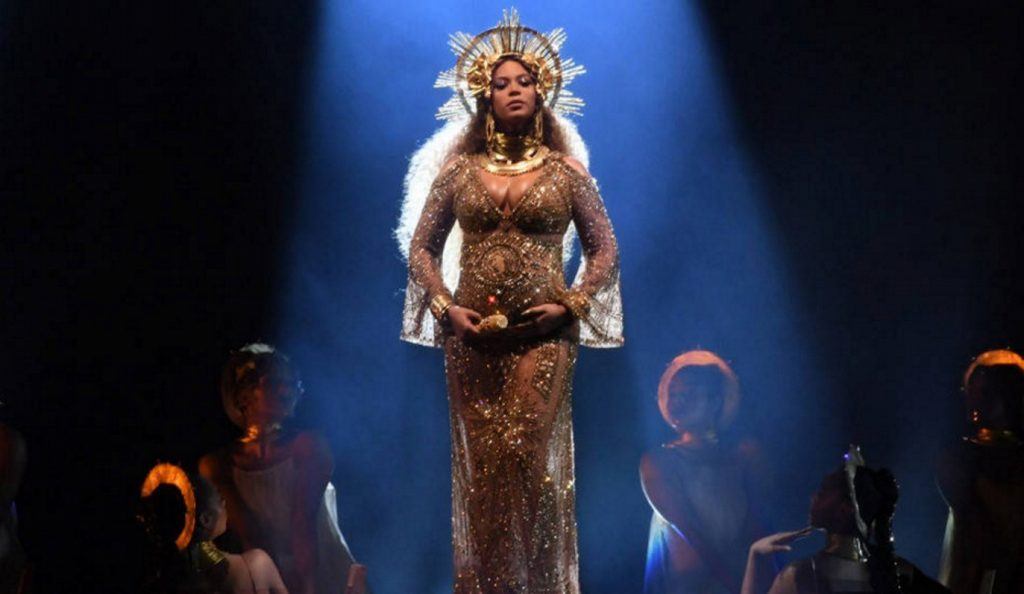 Η Beyonce έγινε γλυπτό από… τυρί! (pic) | Pagenews.gr