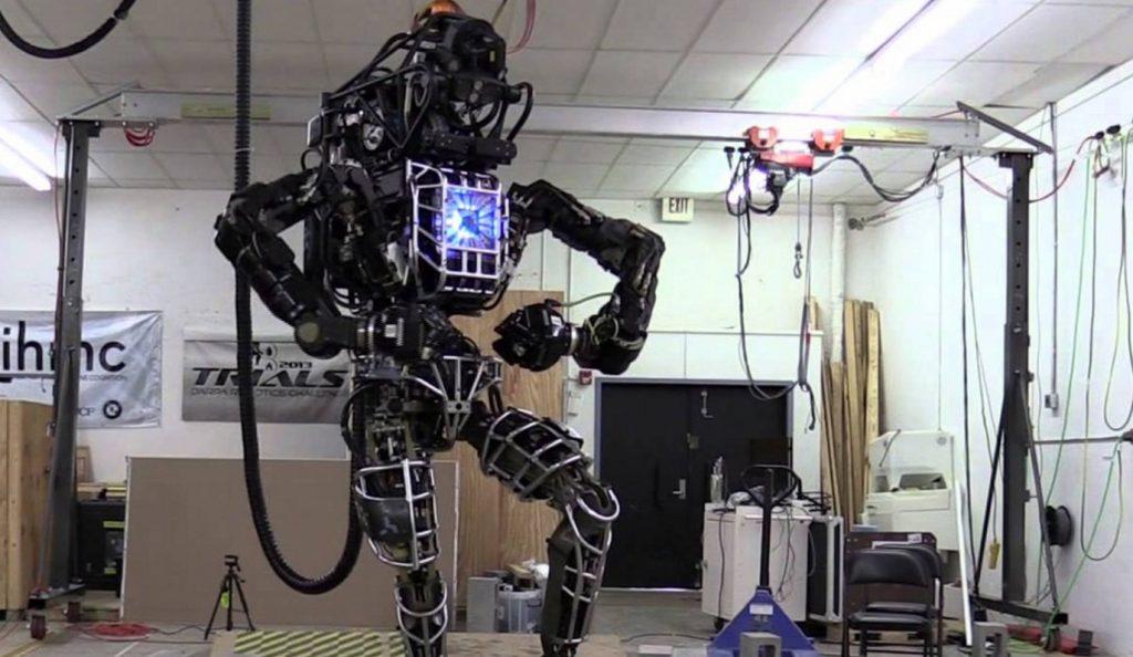 Λας Βέγκας: Η στιγμή που δύο ρομπότ κάνουν pole dancing (vid) | Pagenews.gr