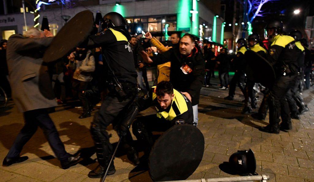 Στα άκρα ο «πόλεμος της τουλίπας»: Διαβήματα κάνουν οι Τούρκοι – Με ταξιδιωτική οδηγία απαντά η Ολλανδία   Pagenews.gr