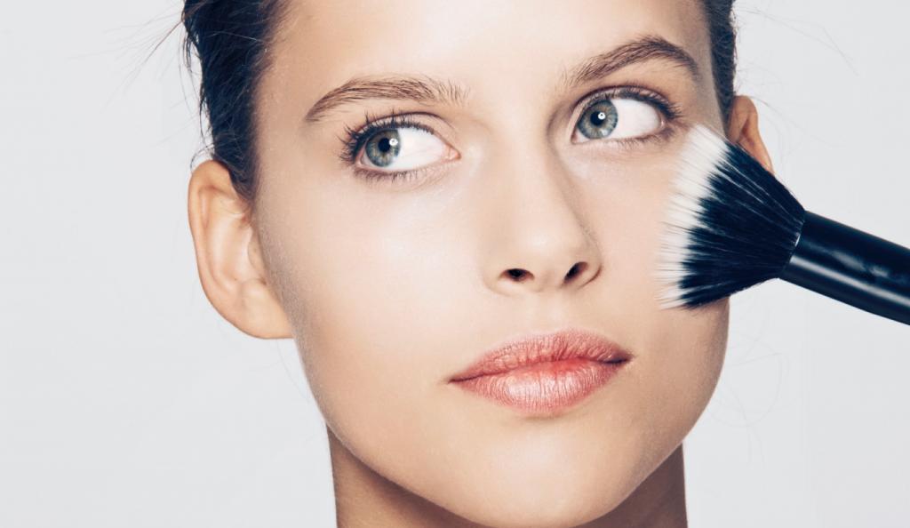 Το πιο συχνό λάθος στην εφαρμογή make up | Pagenews.gr