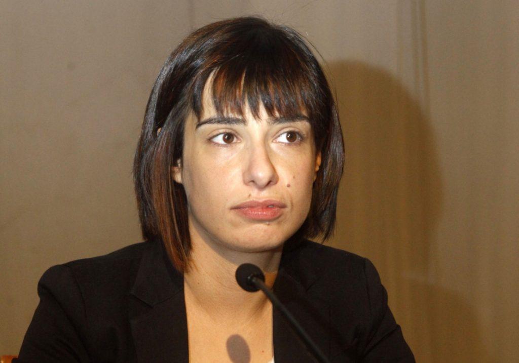 Ράνια Σβίγκου: Εμπάθεια και ένδεια επιχειρημάτων κατά της Μπέτυς Μπαζιάνα   Pagenews.gr