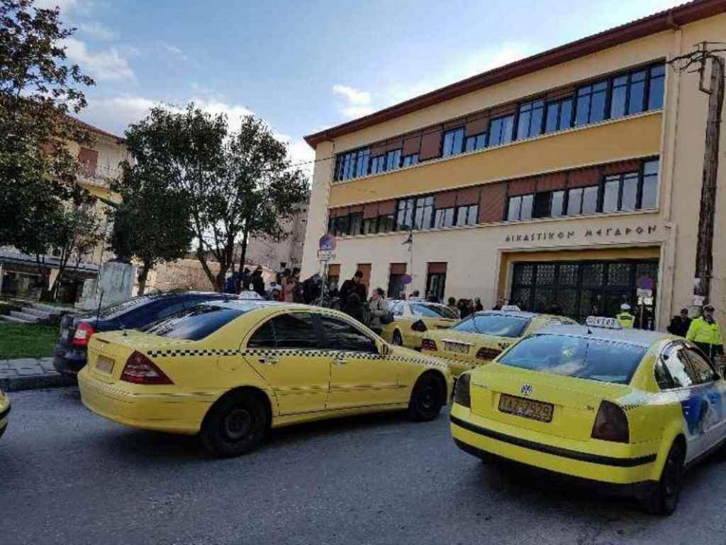 Νέα μαρτυρία στην Καστοριά: Ο δράστης δανείστηκε 200 ευρώ από άλλον ταξιτζή   Pagenews.gr