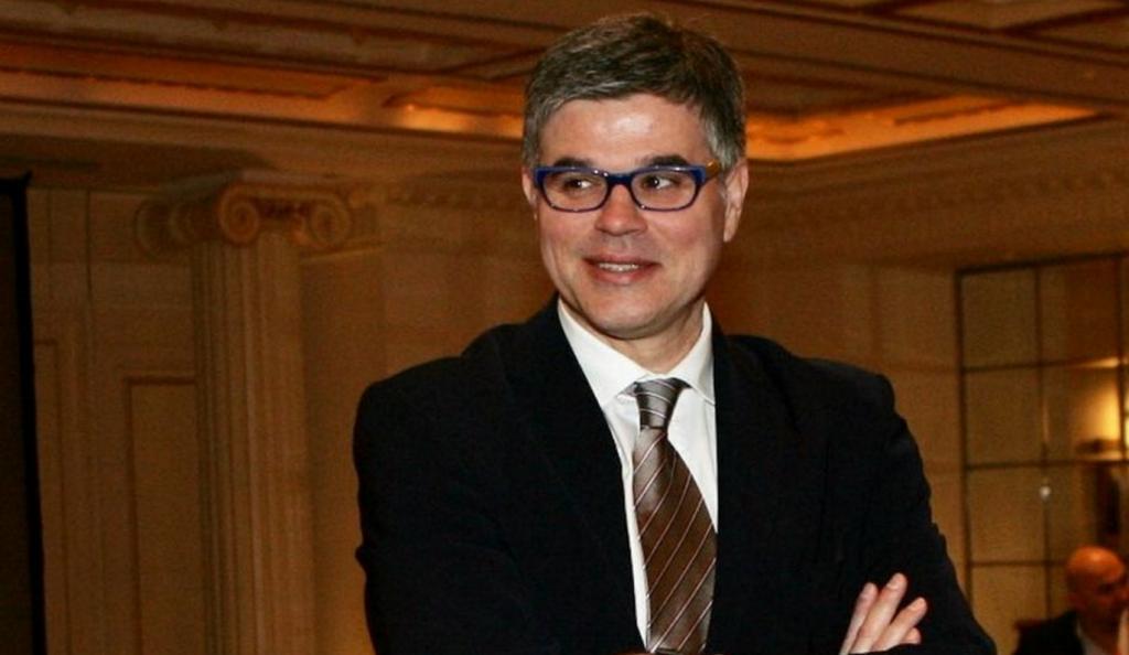 Συζητά με Ιωνικό ο Ασάνοβιτς | Pagenews.gr