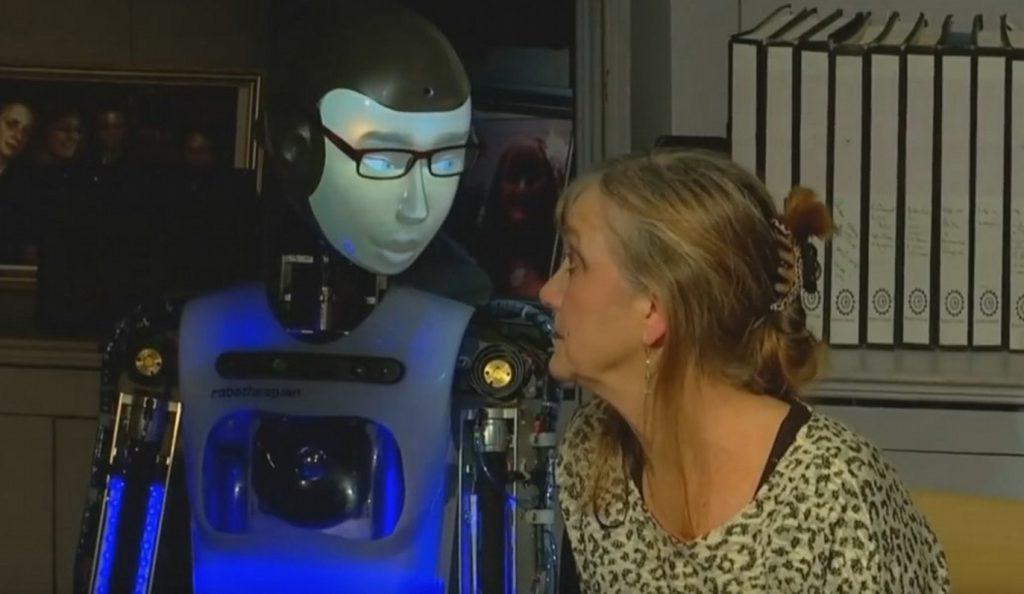 Λονδίνο: Ρομπότ σε θεατρικό έργο | Pagenews.gr