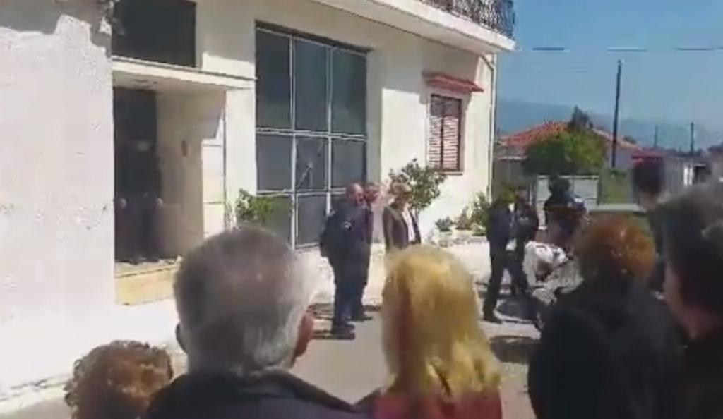 Τραγωδία στη Μεσσήνη: Πατέρας σκότωσε την κόρη του και αυτοκτόνησε (vid) | Pagenews.gr
