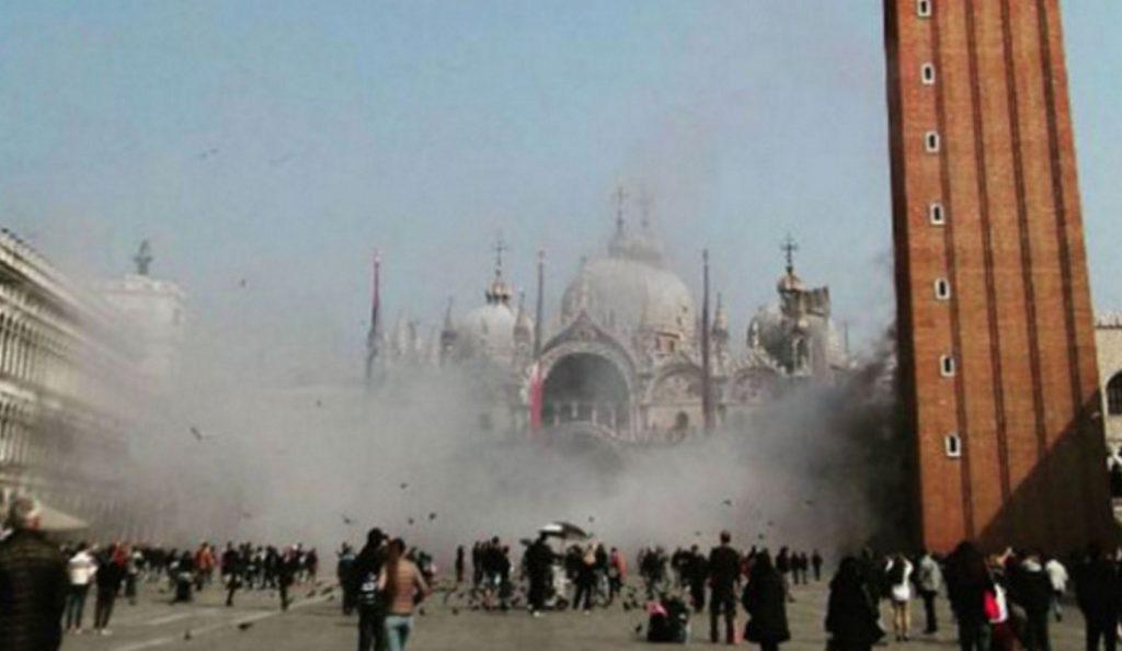 Βενετία: Ληστεία με καπνογόνα στην πλατεία του Αγίου Μάρκου | Pagenews.gr