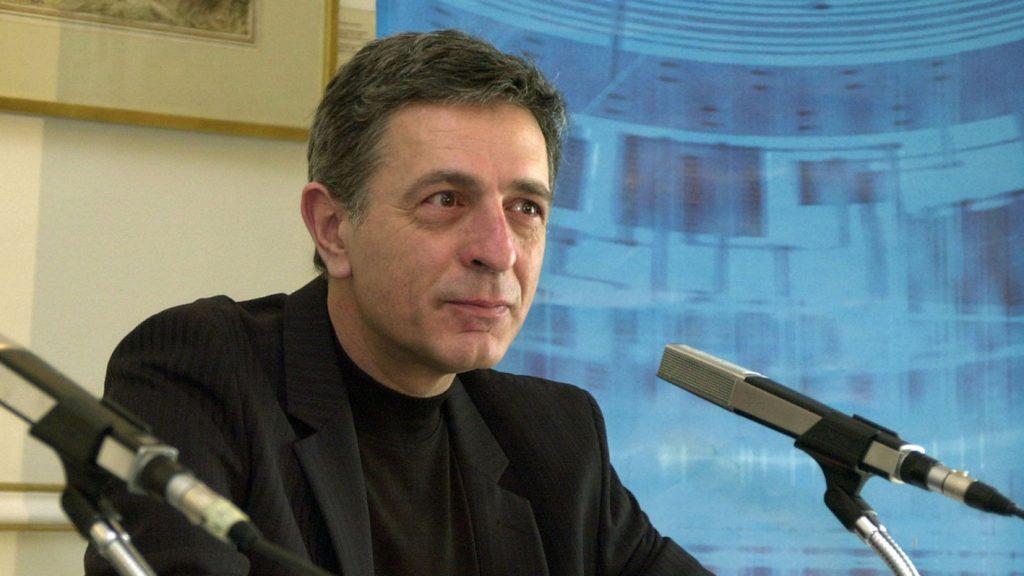 Κούλογλου, υπέρ Βίλντερ; | Pagenews.gr