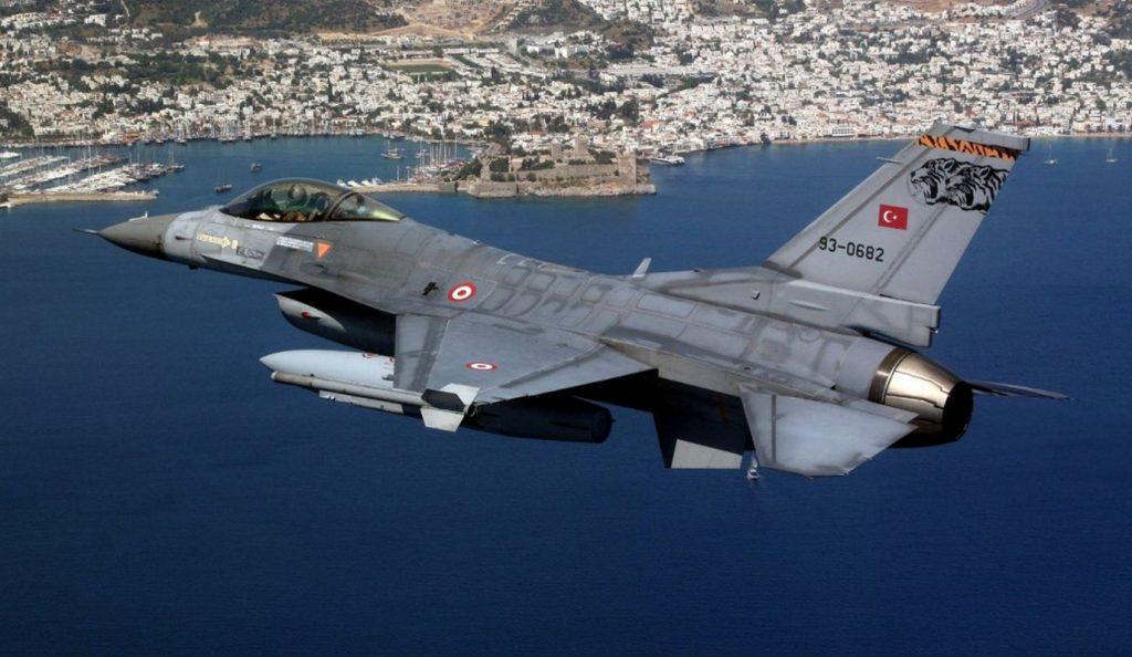 Τουρκικό αεροσκάφος πέταξε 100 πόδια πάνω από τη νήσο Ζουράφα   Pagenews.gr