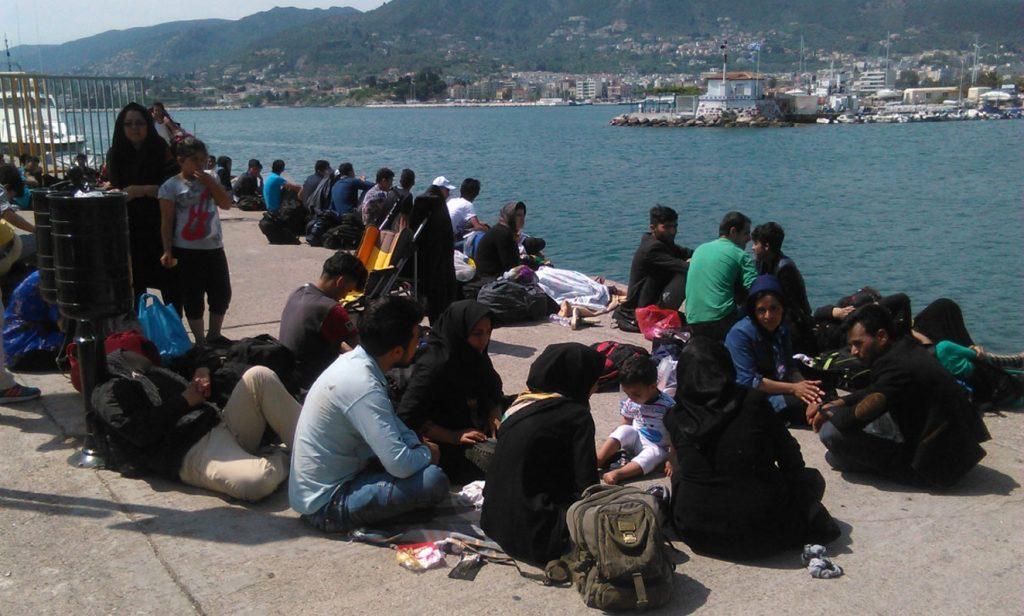 Σκάφος με 143 Σύρους μετανάστες ρυμουλκήθηκε κοντά στην Πάφο | Pagenews.gr