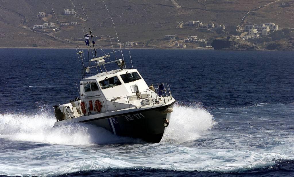 Χίος: Διάσωση 57 προσφύγων και σύλληψη των διακινητών τους   Pagenews.gr