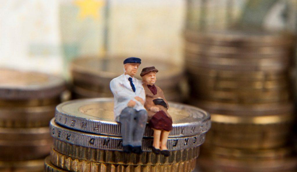 Επικουρικές συντάξεις: Ποιοι δικαιούνται αναδρομικά έως 800 ευρώ   Pagenews.gr