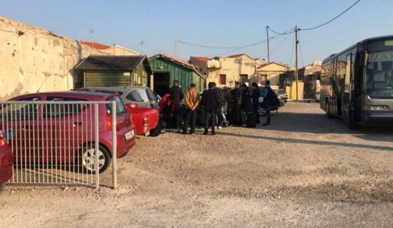 Θεσσαλονίκη: Διαμαρτυρία προσφύγων με φωτιές σε κέντρο φιλοξενίας | Pagenews.gr