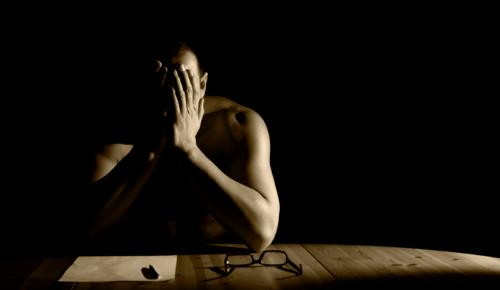 #MenToo: Το κίνημα που δημιούργησαν άνδρες θύματα σεξουαλικής κακοποίησης   Pagenews.gr