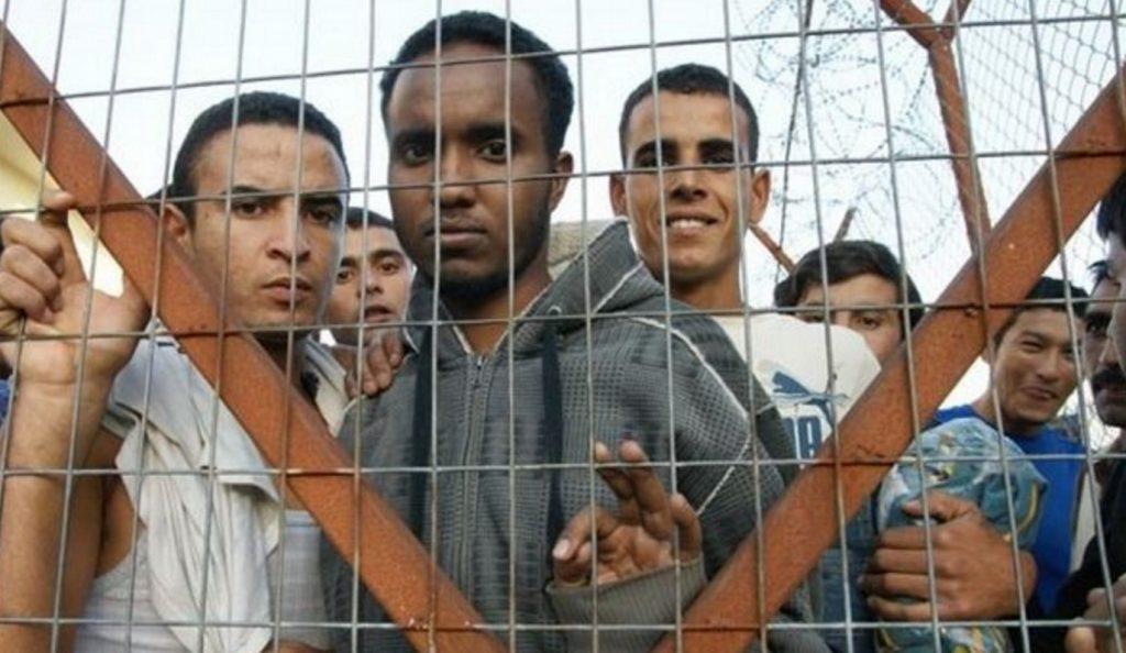 Τσεχία: Απωθεί μετανάστες από τα σύνορα | Pagenews.gr