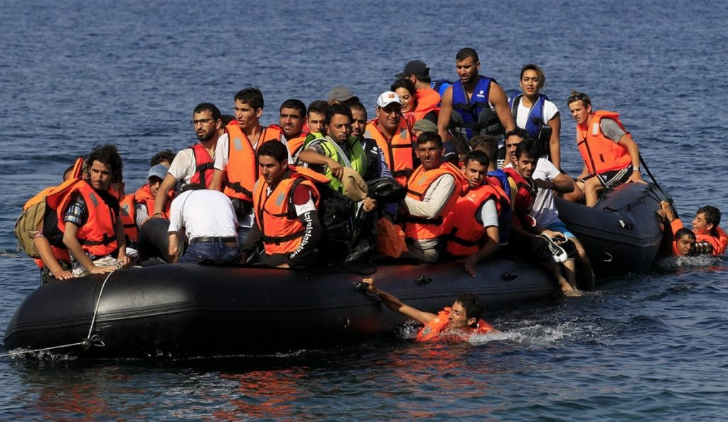 Έξι πρόσφυγες περισυνελέγησαν από σκάφος της Frontex | Pagenews.gr