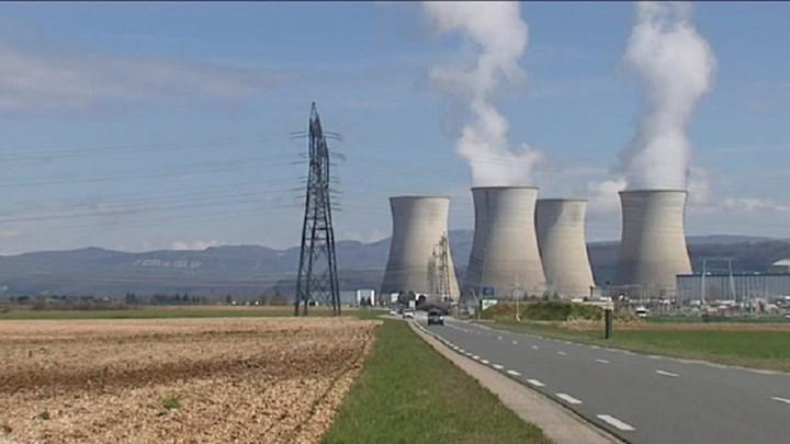ΙΟΒΕ: Βελτίωση του οικονομικού κλίματος αλλά με τη βιομηχανία να «ματώνει» | Pagenews.gr
