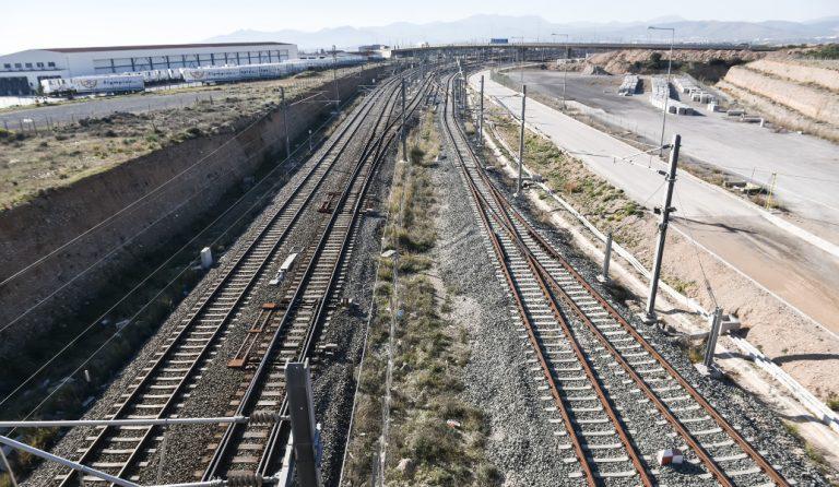 Αναστέλλονται οι απεργιακές κινητοποιήσεις στον σιδηρόδρομο | Pagenews.gr