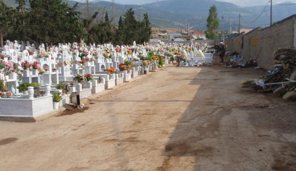 Μεσσηνία: Έλεγχοι του ΣΔΟΕ σε νεκροταφεία για γυναίκες που ανάβουν καντήλια | Pagenews.gr