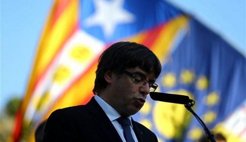 Χιλιάδες διαδηλωτές στη Βαρκελώνη μετά τη σύλληψη του Πουτζντεμόν (vid) | Pagenews.gr