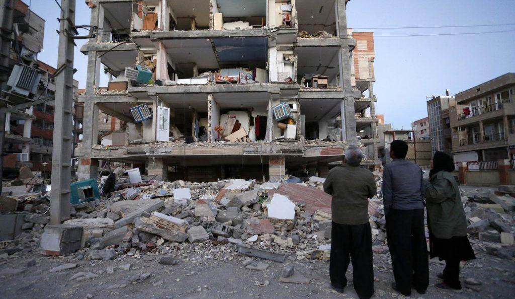 Σεισμός: Φονικό το χτύπημα του Εγκέλαδου σε Ιράν και Ιράκ – Περισσότεροι από 330 οι νεκροί (vid) | Pagenews.gr