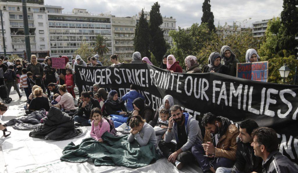 Πρόσφυγες: Έφυγαν από το Σύνταγμα οι απεργοί πείνας (pics) | Pagenews.gr