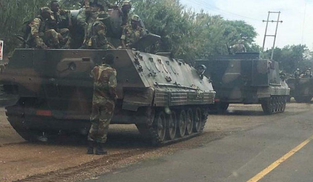 Ζιμπάμπουε: Άρματα μάχης βγήκαν στους δρόμους – Κατευθύνονται στην πρωτεύουσα (pics)   Pagenews.gr