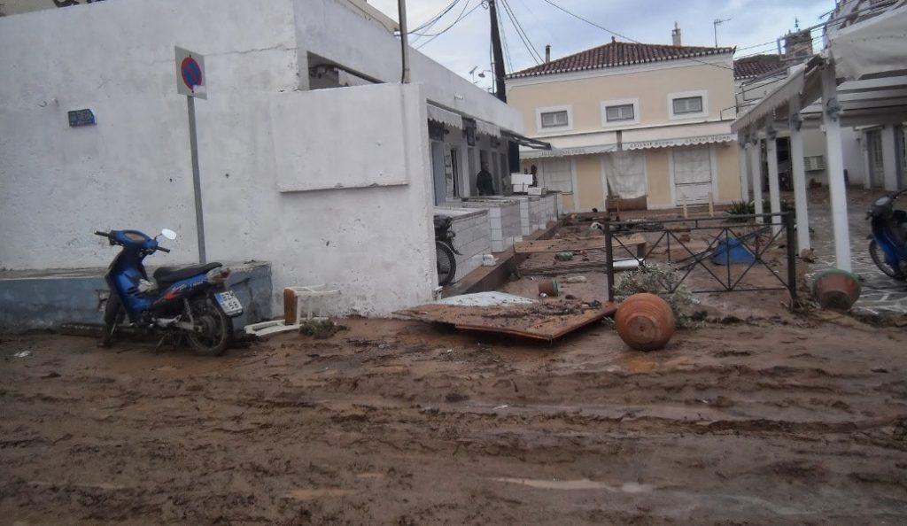 ΕΜΥ: Γιατί πλημμύρισαν Νέα Πέραμος και Μάνδρα Αττικής – Τι ρόλο παίζει η κλιματική αλλαγή | Pagenews.gr