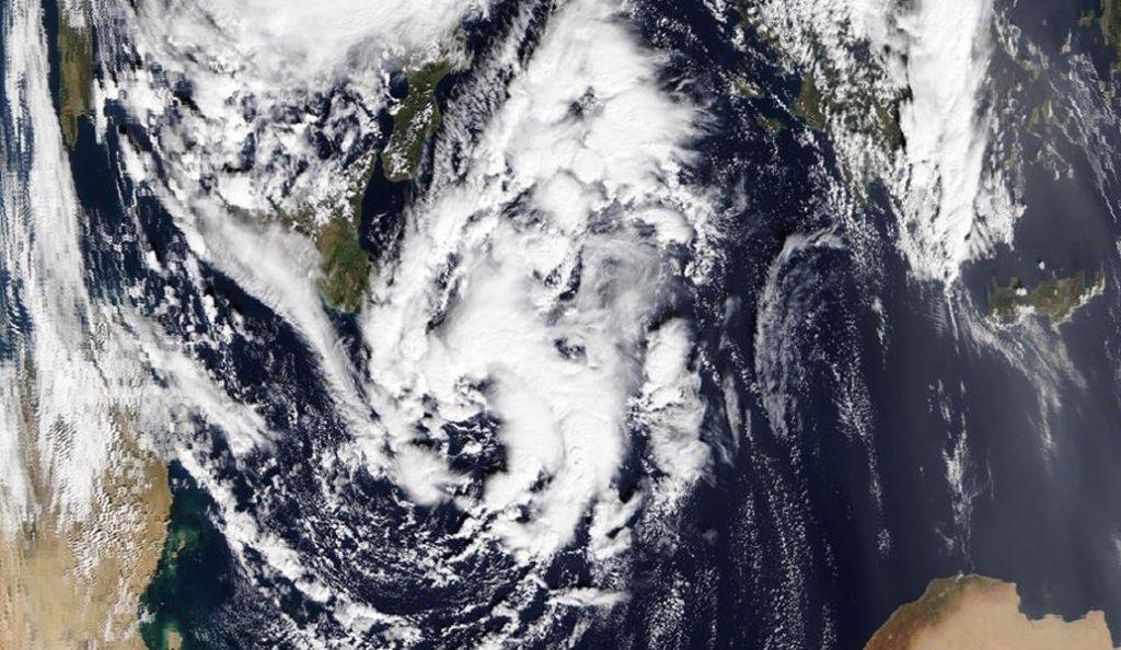 Στο μάτι του κυκλώνα «Ζήνων» η χώρα – Ποιες περιοχές θα «χτυπήσει» τις επόμενες ημέρες | Pagenews.gr