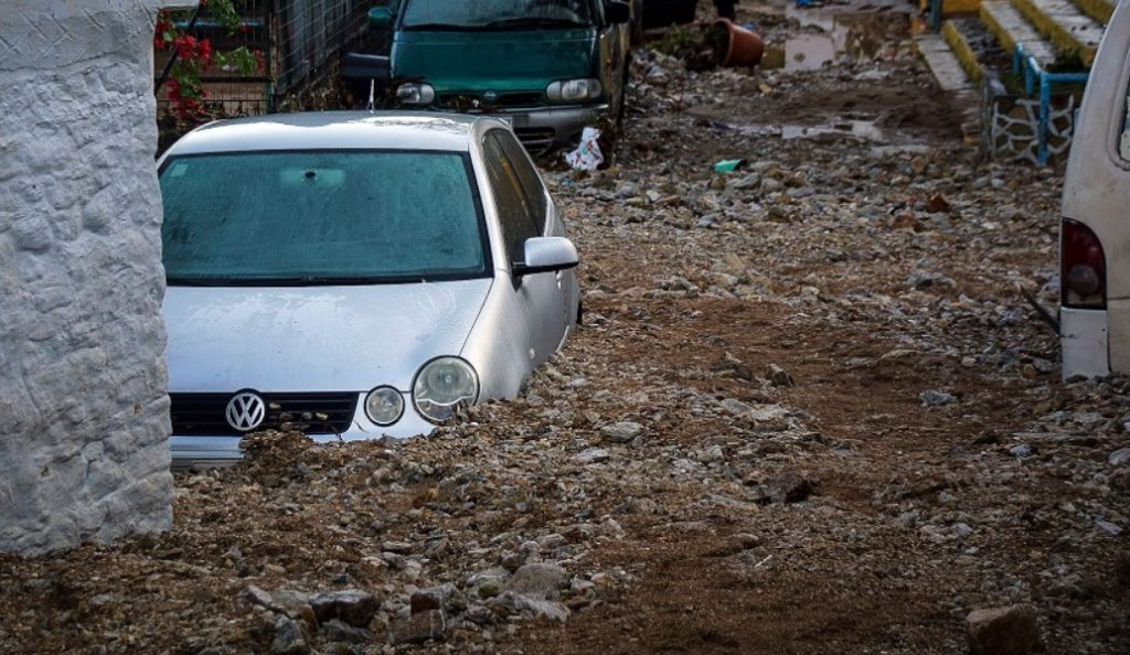Σύμη: Υδροφόρα με 2.000 κυβικά νερού για την κάλυψη επειγουσών αναγκών | Pagenews.gr