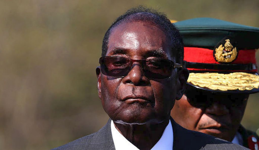 Ρόμπερτ Μουγκάμπε: Ο πρόεδρος της Ζιμπάμπουε έκανε την πρώτη του δημόσια εμφάνιση μετά το πραξικόπημα | Pagenews.gr