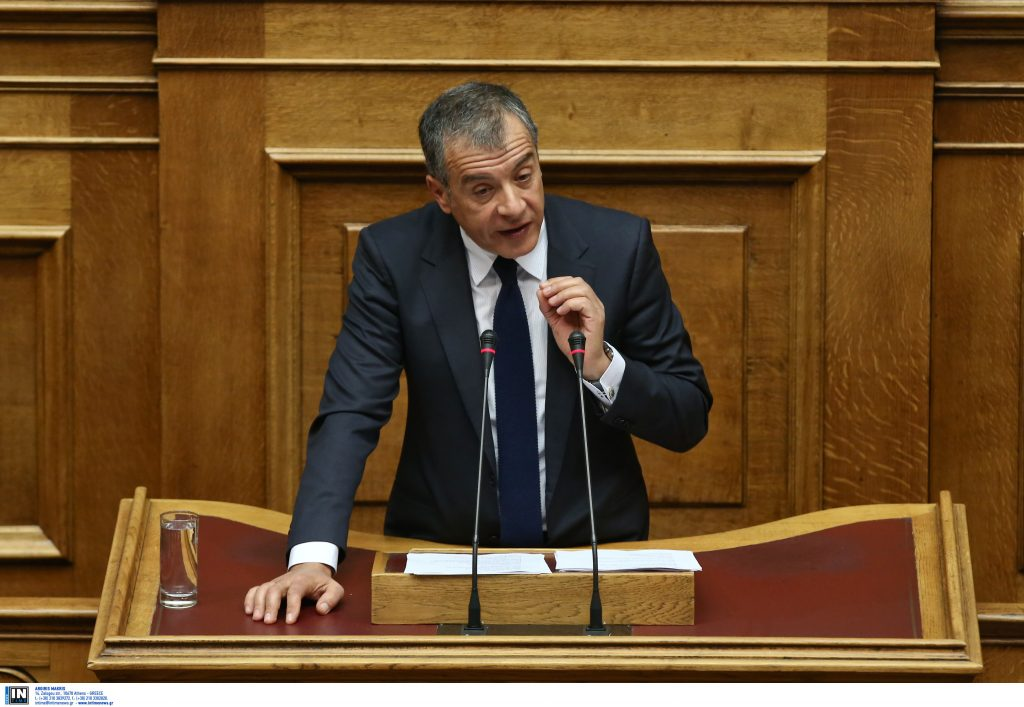 Σταύρος Θεοδωράκης σε Γεννηματά: Στόχος μας η συνεννόηση και όχι η εξυπηρέτηση κομματικών σκοπιμοτήτων | Pagenews.gr