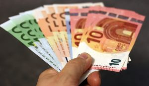 Κοινωνικό Εισόδημα Αλληλεγγύης: Πότε θα καταβληθούν τα χρήματα | Pagenews.gr