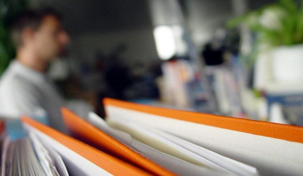 Συνολικά 3.555 οι εγκεκριμένες αιτήσεις για το κοινωνικό μέρισμα την περίοδο παράτασης | Pagenews.gr