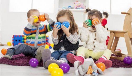Έρευνα: Τα παιδιά μπορούν να αναγνωρίσουν τα συναισθήματα ακόμη και σε μια ξένη γλώσσα   Pagenews.gr