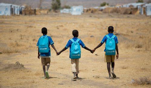 UNICEF: Δωρεά 46 εκατομμυρίων δολαρίων για ανήλικους μαθητές στο Αφγανιστάν | Pagenews.gr
