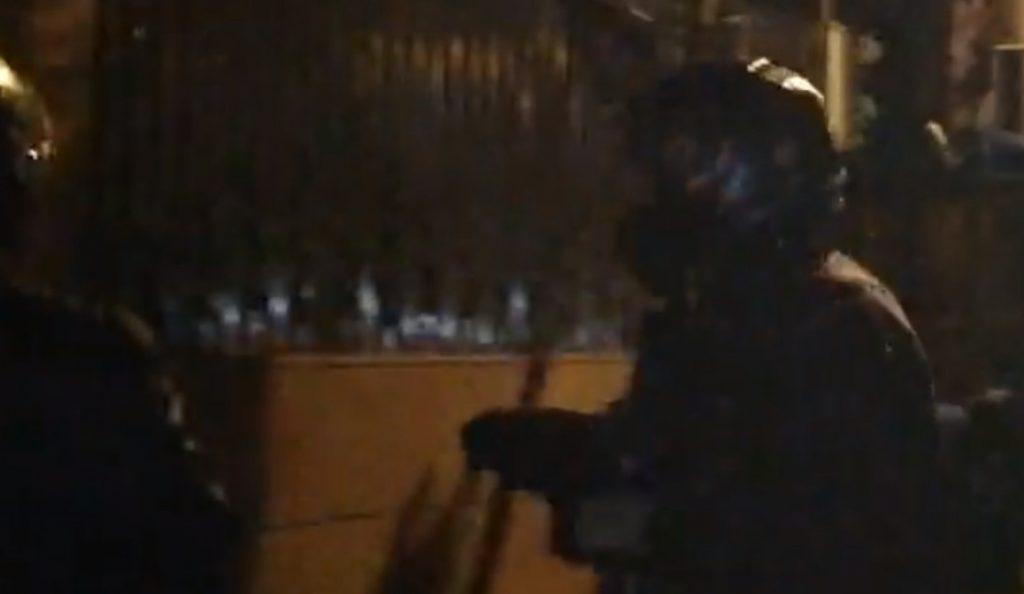 Ρουβίκωνας: Δειλή πράξη η επίθεση στην πρεσβεία λέει η Σαουδική Αραβία (vid) | Pagenews.gr