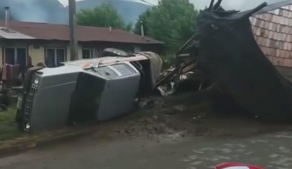 Χιλή: Έντεκα νεκροί από κατολισθήσεις λάσπης (vid) | Pagenews.gr