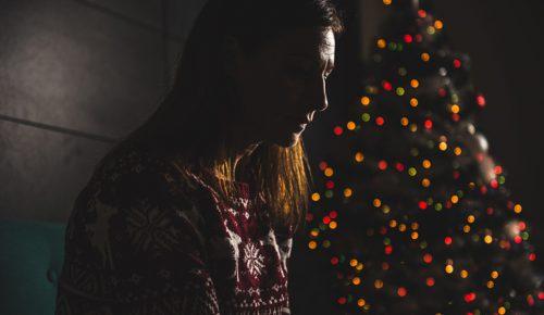 Κατάθλιψη τα Χριστούγεννα: Δείτε πώς μπορεί να αποτραπεί | Pagenews.gr