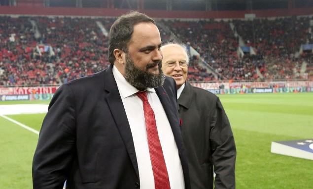 Ολυμπιακός: Έξαλλος ο Μαρινάκης στα αποδυτήρια!   Pagenews.gr