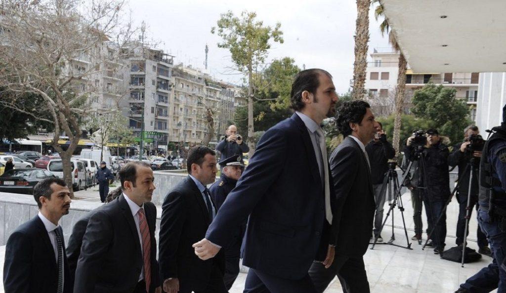 Σύλληψη μετά το «πάγωμα» της χορήγησης ασύλου στον Τούρκο αξιωματικό | Pagenews.gr