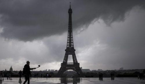 Γαλλία: Έκλεισε ο Πύργος του Άιφελ λόγω της κακοκαιρίας | Pagenews.gr
